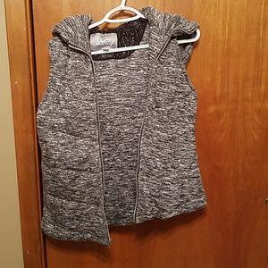 Hooded vanity vest